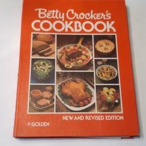 Betty Crocker's Hardcover  Cookbook